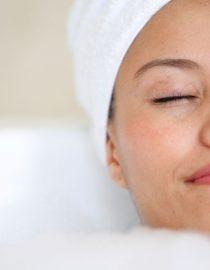 How Baths Can Help Fibro Pain