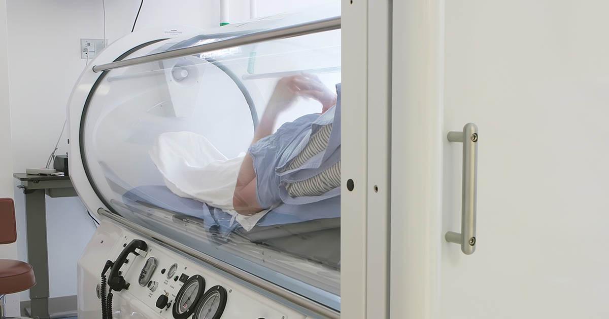 Medical oxygen chamber